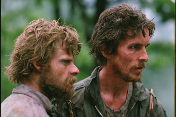 Steve Zahn and Christian Bale: lost in the jungle