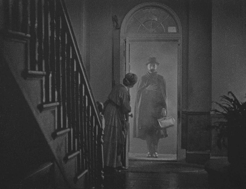 Blu-ray: 'The Lodger' – Alfred Hitchcock begins